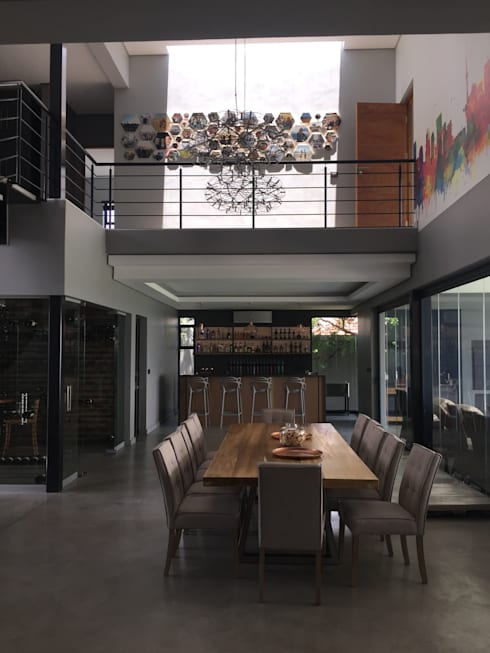 House Verster—Johannesburg : modern Dining room by Graftink Interior and Architectural Design Studio