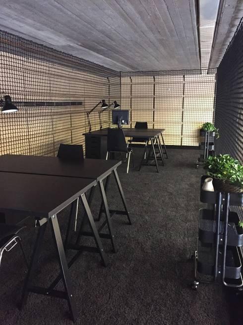 Projekty,  Domowe biuro i gabinet zaprojektowane przez wohnly