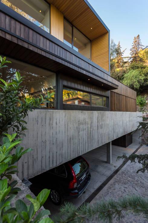 Rumah by Nicolas Loi + Arquitectos Asociados