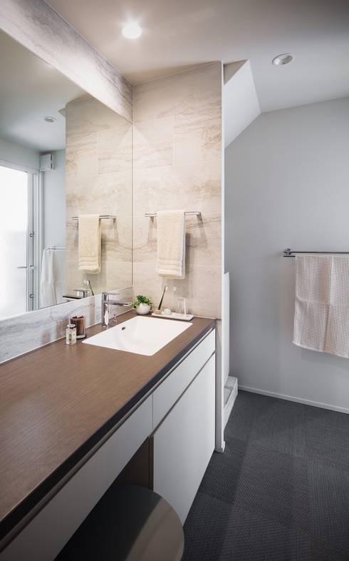 Phòng tắm by 株式会社seki.design