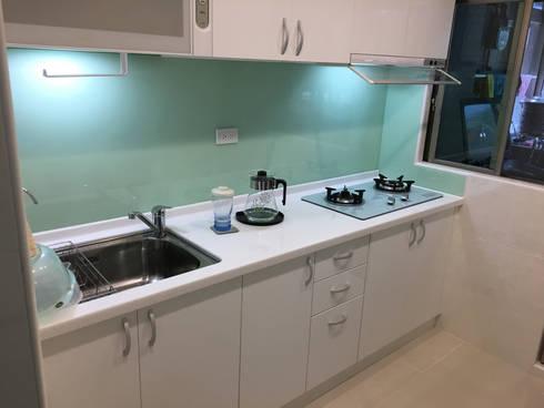 全屋翻新免百萬 20坪低預算高享受:  廚房 by 捷士空間設計