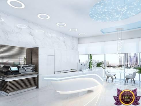 Private clinic Interior design from Katrina Antonovich:  Clinics by Luxury Antonovich Design