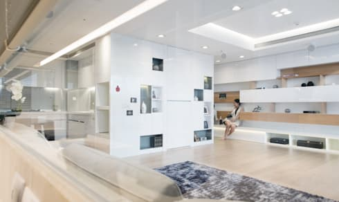 Lin's Residence 林宅:  書房/辦公室 by 構築設計