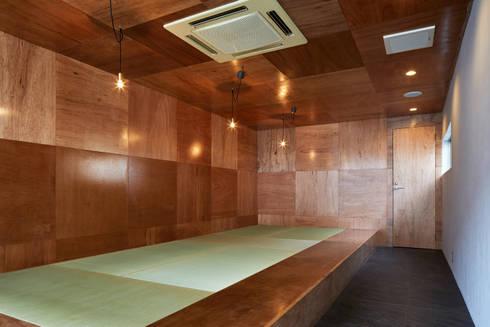   料理とお酒 晴ル: こよりが手掛けた和室です。