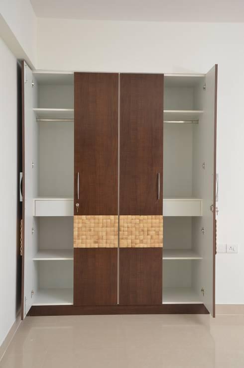 Buy Cupboard Online: asian Bedroom by Scale Inch Pvt. Ltd.