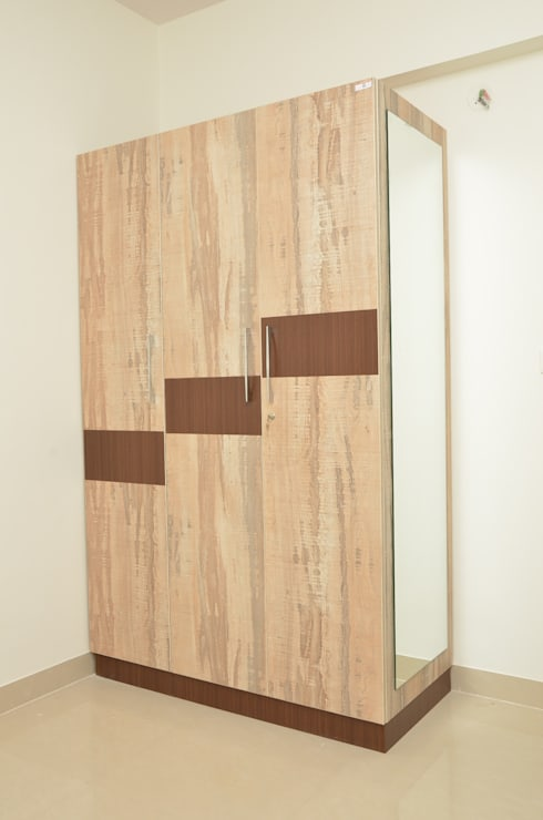 Buy Wardrobe Online India:  Bedroom by Scale Inch Pvt. Ltd.