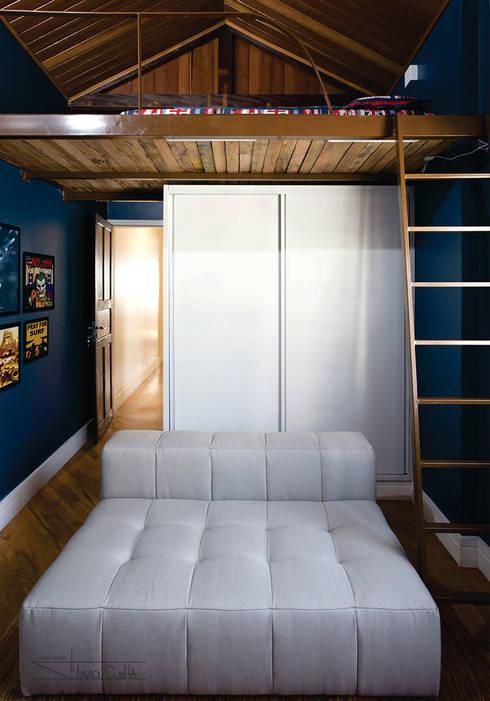 Bedroom by SET Arquitetura e Construções