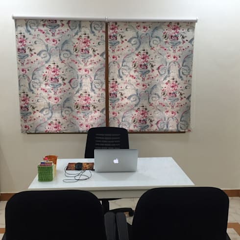 Design studio for a client:  Office spaces & stores  by Sanchi Shah Interior Designer