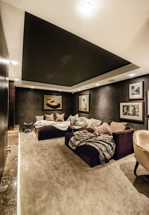 Luxurious Clifton Apartment: modern Media room by Inhouse