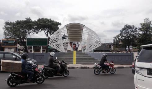 Jembatan Penyeberangan Orang Jayakarta:   by MahaStudio and Partner