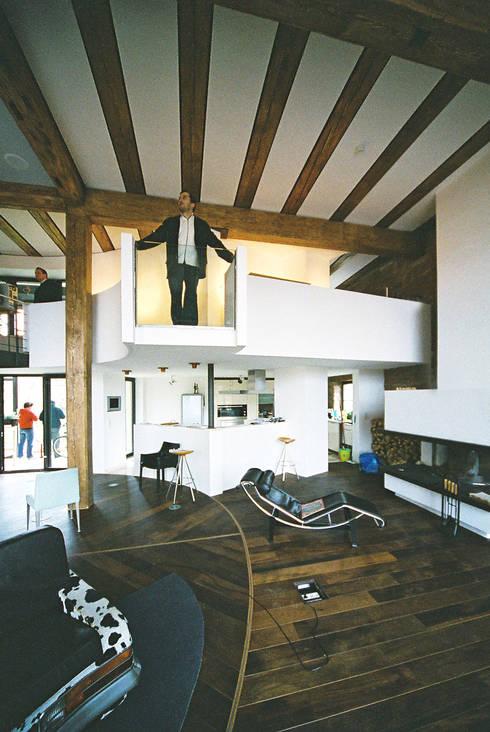 Гостиная в . Автор – Peter Stasek Architects - Corporate Architecture