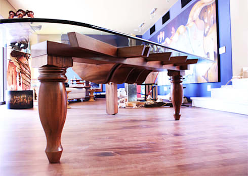 Piano Table: classic Dining room by Inline Spaces Pty Ltd