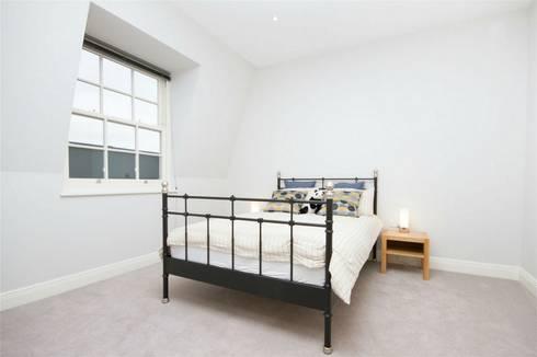 Hammersmith Grove, London, W6: modern Bedroom by APT Renovation Ltd
