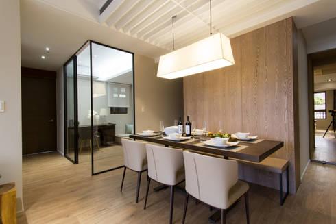 豐悅城-人文風:  餐廳 by 宅即變空間微整形