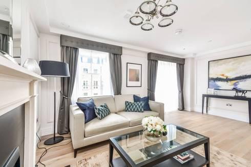 Sulivan Road, Hurlingham, SW6: modern Living room by APT Renovation Ltd