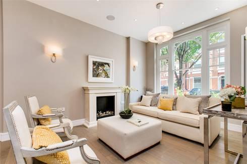 Perrymead Street, SW6: modern Living room by APT Renovation Ltd