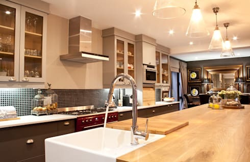 House Silver Lakes: country Kitchen by Black Canvas Architectural Interiors