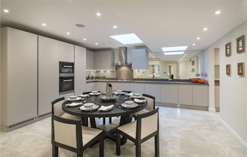 Wellington St Johns Wood NW1: modern Dining room by APT Renovation Ltd