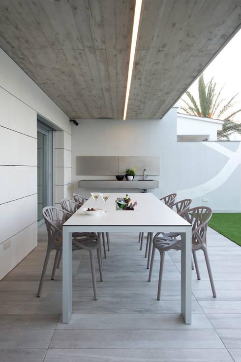 Jardines de estilo  por HD Arquitectura d'interiors
