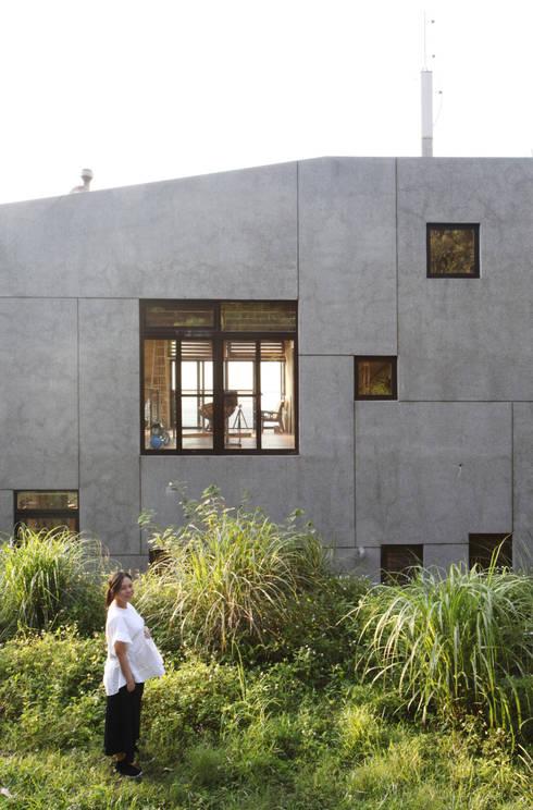 石方山居:  房子 by 行一建築 _ Yuan Architects
