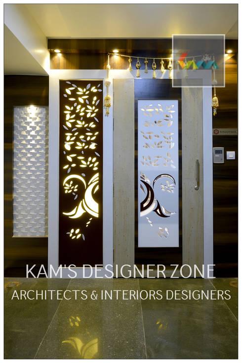 Door Design: classic Houses by KAM'S DESIGNER ZONE