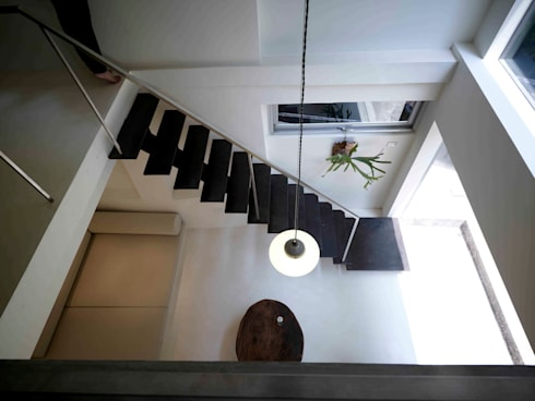 漂亮家居_Ason  house:  走廊 & 玄關 by 本晴設計