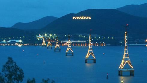 Vinpearl Land Nha Trang:  Khách sạn by ACT Architects (VN) Ltd.