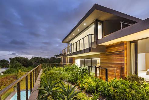House Umhlanga: modern Gym by Ferguson Architects