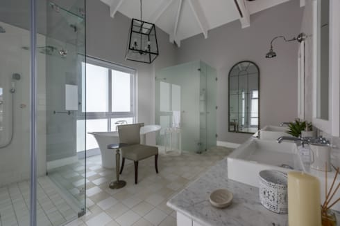 Private Residence, Steyn City, Fourways, Gauteng, South Africa: colonial Bathroom by Gelding Construction Company  (PTY) Ltd
