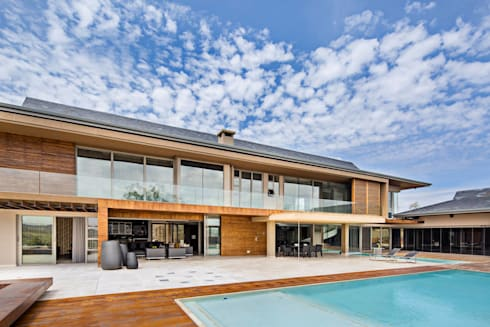 Private residence Midrand: modern Houses by Gelding Construction Company  (PTY) Ltd