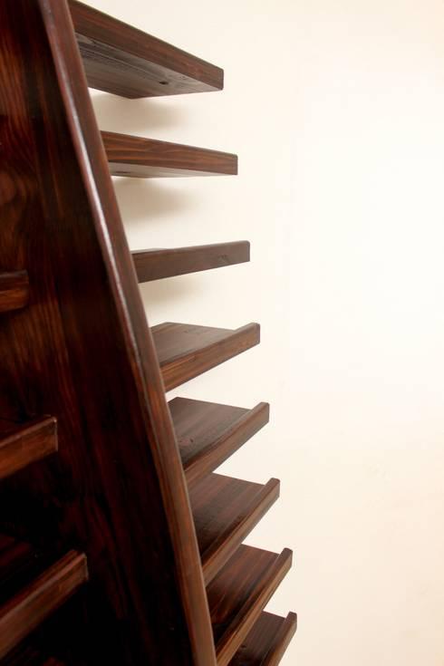 Wall Shelf : minimalistic Bedroom by Vintage Living Design Co