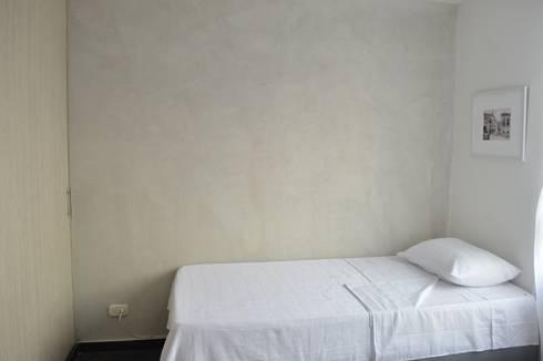apartamento 603: Habitaciones de estilo minimalista por cadali