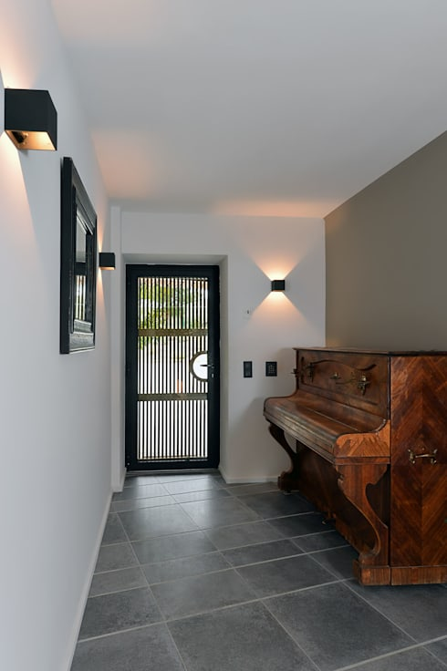 r invention la cadi re d 39 azur por atelier jean gouzy homify. Black Bedroom Furniture Sets. Home Design Ideas