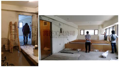 改造前二樓樓梯已被打掉,不得其門而入,只好在牆面切出一個門洞,果不其然也只能看到天花板骨架和一半的樓板….:   by wanchan interior / 萬仟工程有限公司
