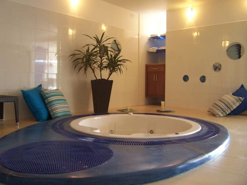 SPA Hotel Parque Ecológico Piedras Blancas: Spa de estilo tropical por Estudio Edoble