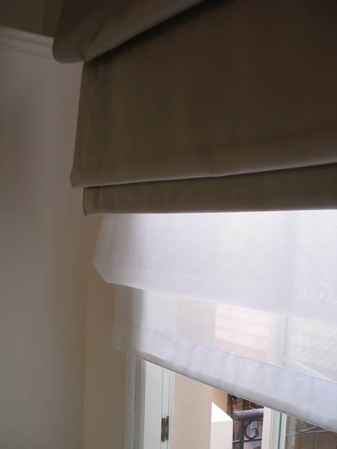 ม่านพับสองชั้น:  หน้าต่างและประตู by C&M
