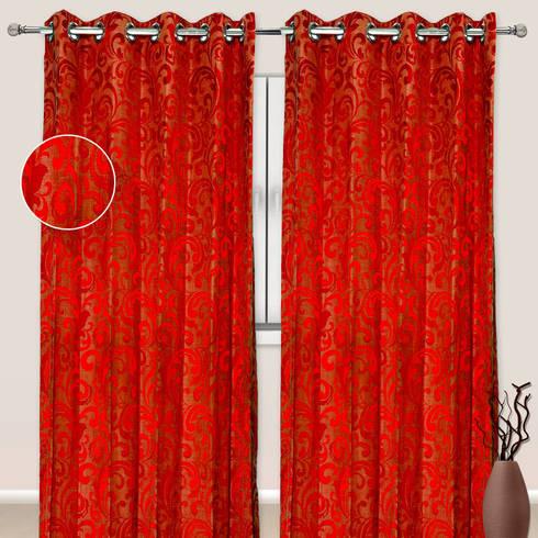 Velvet Curtains by RR Inteiors:  Windows & doors  by RR Interiors