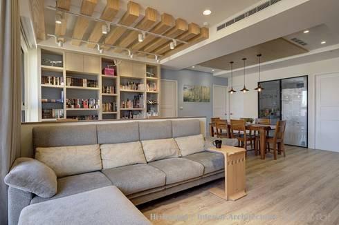 客廳:  客廳 by Hi+Design/Interior.Architecture. 寰邑空間設計