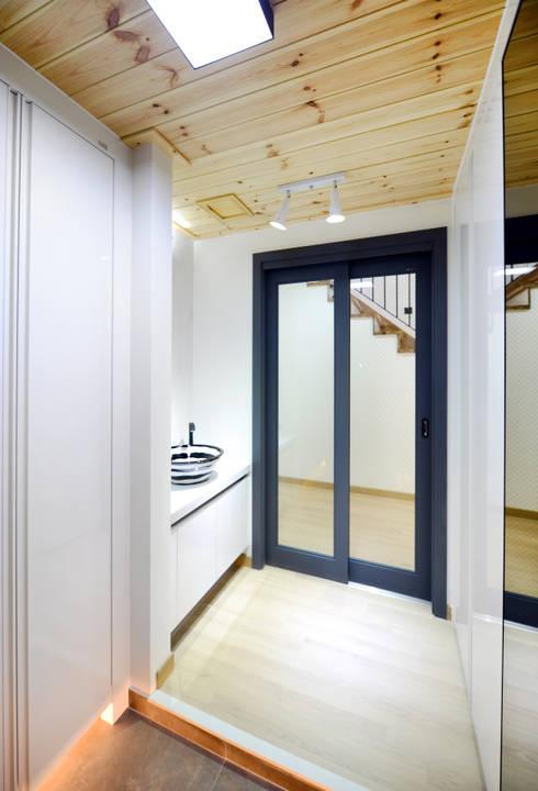 Koridor dan lorong by 코원하우스