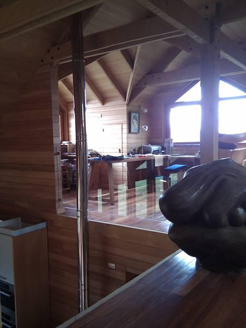 Casa Estudio Spinelli: Dormitorios infantiles de estilo moderno por Dušan Marinković - Arquitectura
