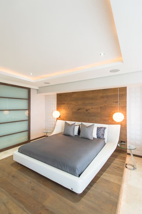 Umhlanga home: modern Bedroom by Casarredo
