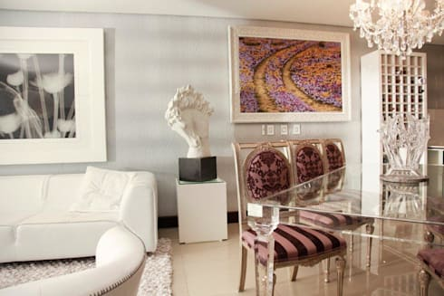 Melrose Arch apartment:  Artwork by Casarredo