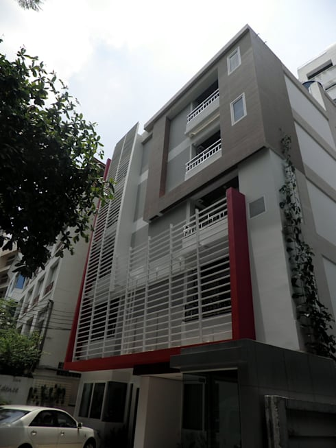 Exterior:  บ้านและที่อยู่อาศัย by SDofA Architect