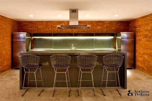 Projetos e Ambientes: Cozinhas modernas por Pestana Arquitetura Concept