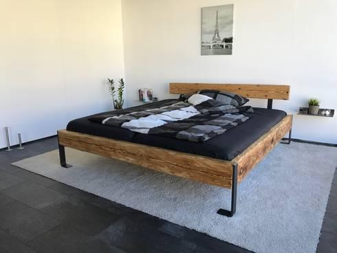 bett 2 designm bel aus antikem holz von woodesign christoph wei er homify. Black Bedroom Furniture Sets. Home Design Ideas