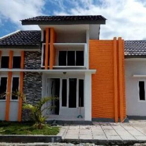 Merpati Residence:  Rumah by Homeproperty.ID
