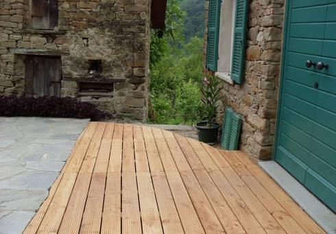 Patio di ingresso in larice di onlywood homify - Pavimentazione giardino in legno ...