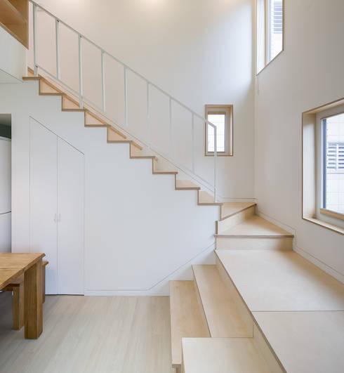 Hành lang by 소하  건축사사무소    SoHAA