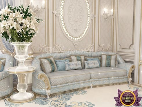 ​  Living room design ideas of Katrina Antonovich: classic Living room by Luxury Antonovich Design