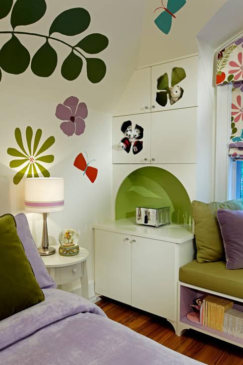 Girls Bedroom Storage:  Bedroom by Douglas Design Studio